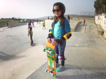 skatepark girl